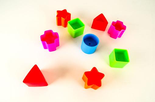 컬러 Geometreic 플라스틱 장난감의 클로즈업 0명에 대한 스톡 사진 및 기타 이미지