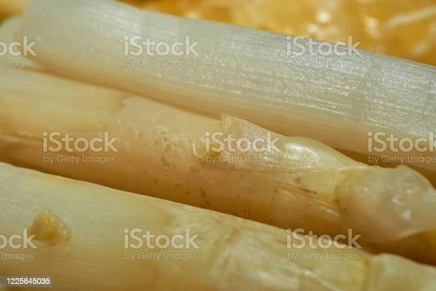 Closeup of cooked white german asparagus picture id1225645035?b=1&k=6&m=1225645035&s=612x612&h=siey2y7i7byjhb kkmu5p4t0nyhvn8bqpfnm0pkuhp8=