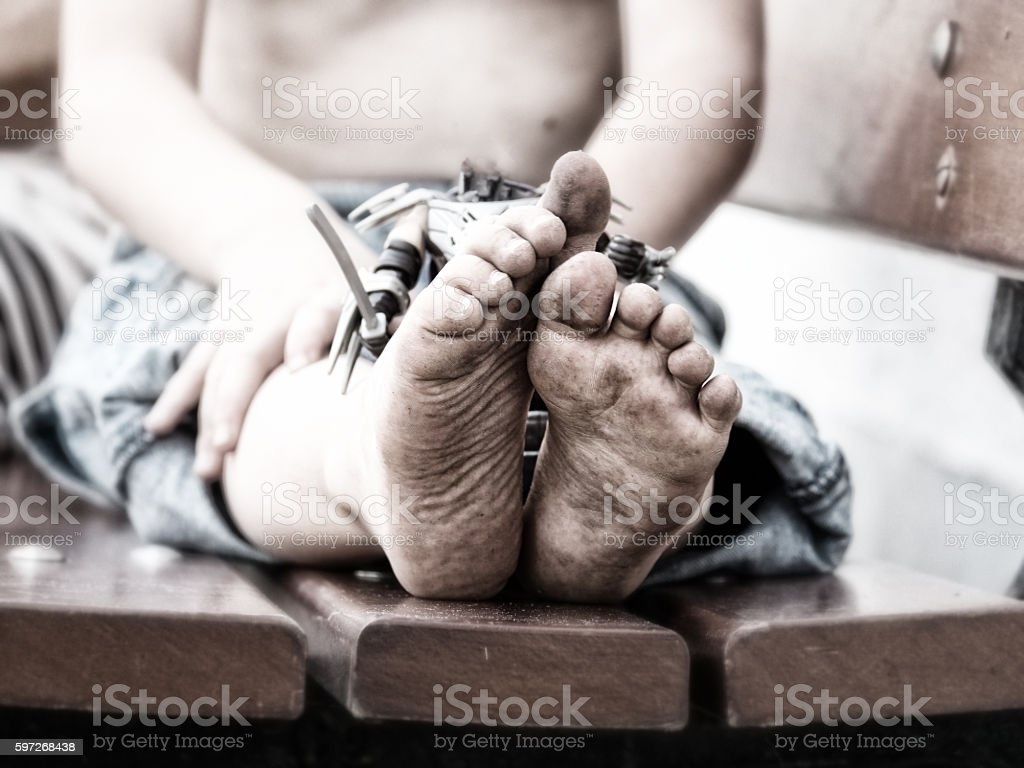 closeup of dirty feet of a little boy Lizenzfreies stock-foto