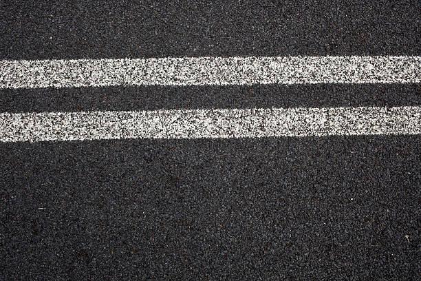 Route à deux lignes - Photo