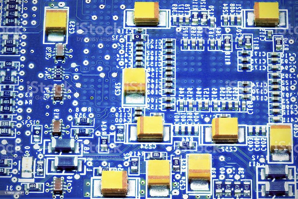 Primer plano de placa de circuito electrónico. Macro. foto de stock libre de derechos