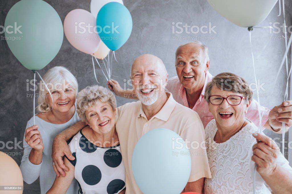Nahaufnahme der aufgeregt, Rentner – Foto