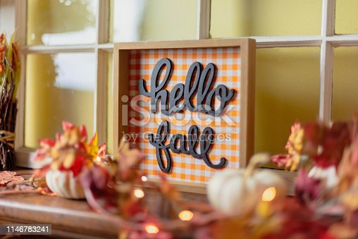 Autumn decor - Hello Fall