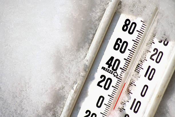 thermometer - kaltes wetter stock-fotos und bilder