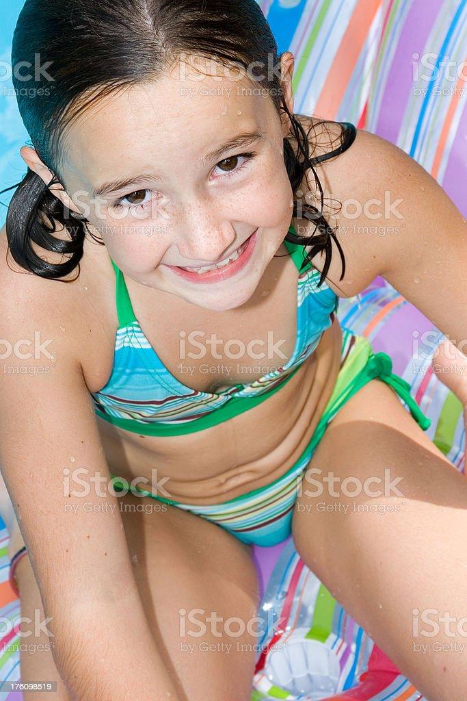 дети модели в купальниках фото крупным планом