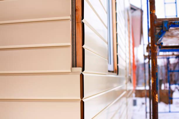 Fassadenverkleidung Metall Bilder Und Stockfotos Istock