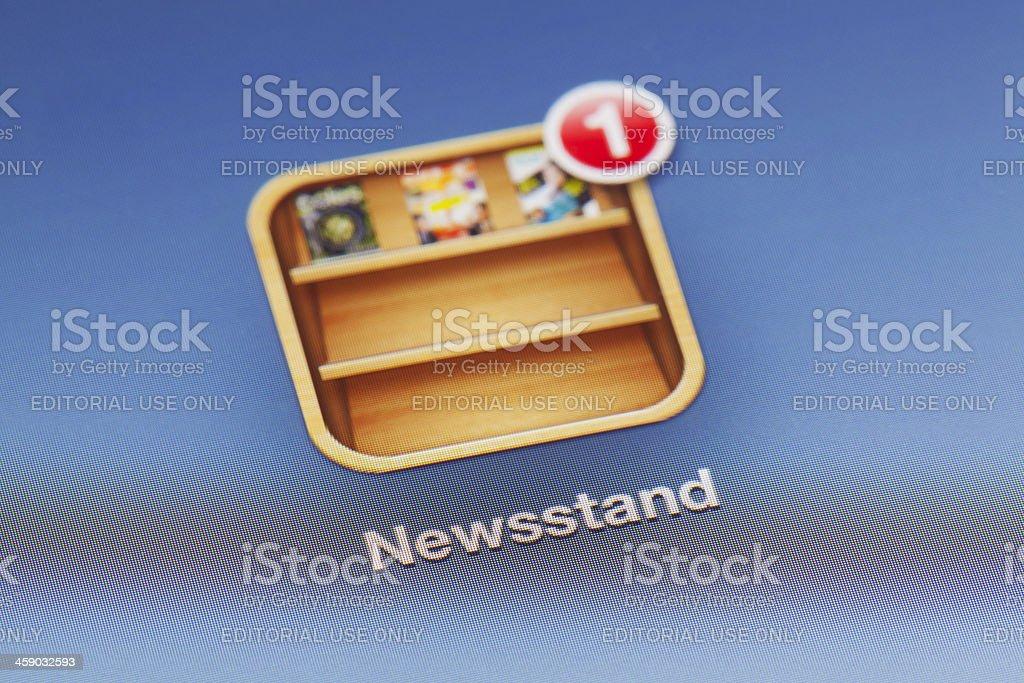 Close-up de uma banca de revistas em um novo aplicativo para ipad - foto de acervo