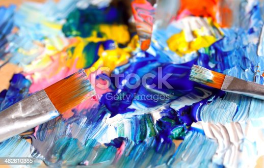 istock Close-up of paint palette with colors mixed 462610365