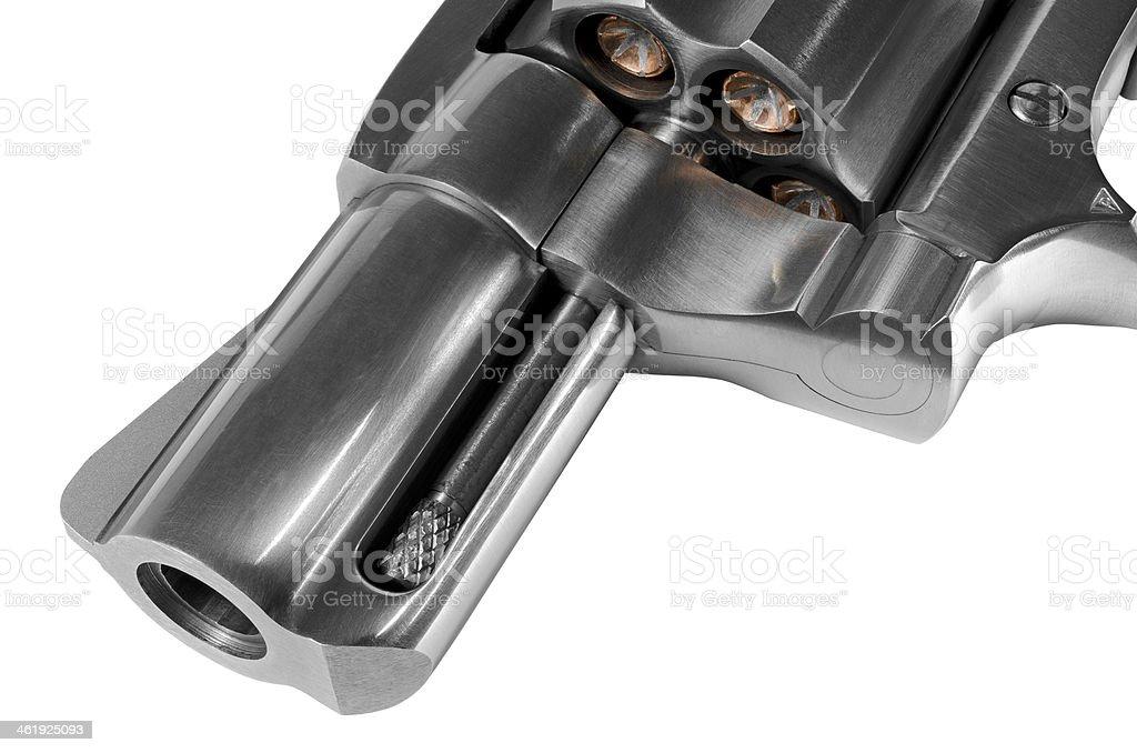 Close-up of revólver barrel y municiones - foto de stock