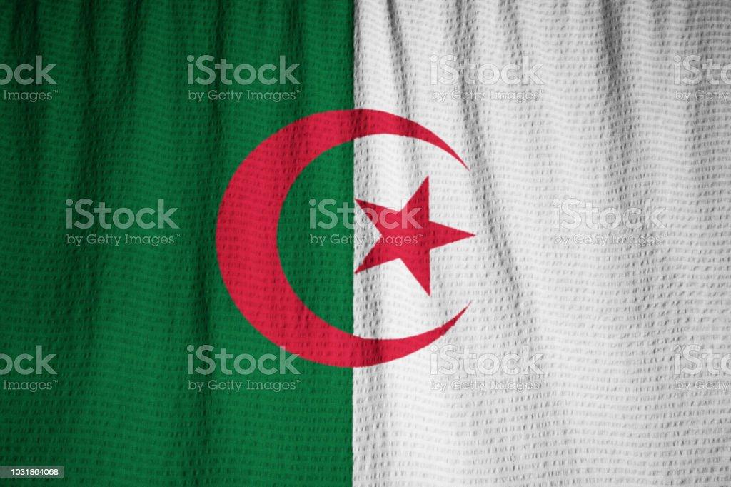 Closeup de la bandera de Argelia con volantes - foto de stock