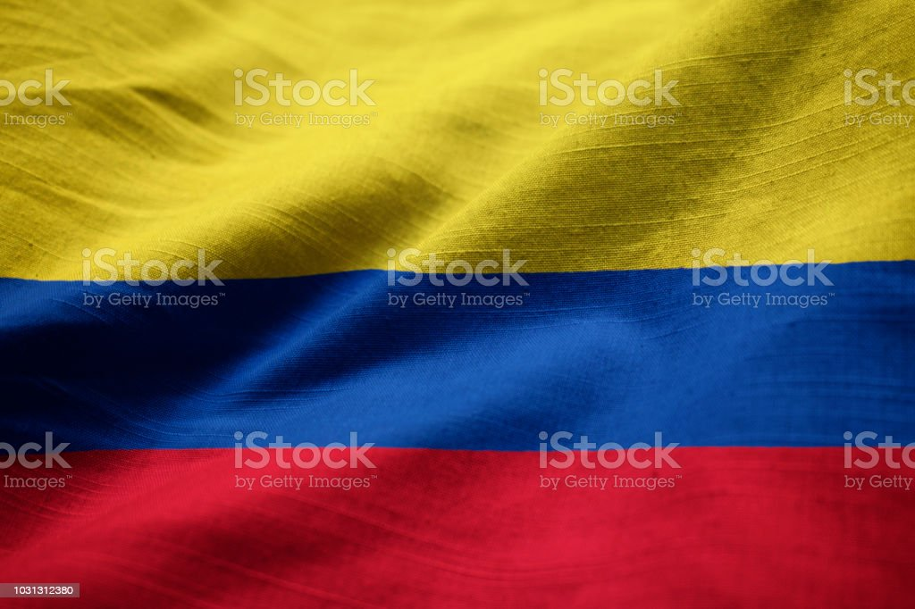 Closeup de la bandera de Colombia con volantes - foto de stock
