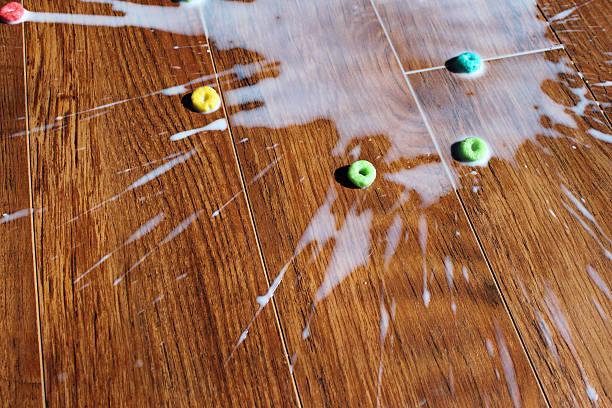 頭を spilled ミルク - spilled ストックフォトと画像