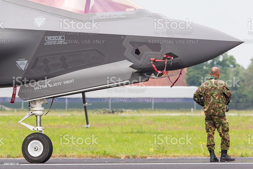 Close-up of the new F-35 - foto de stock