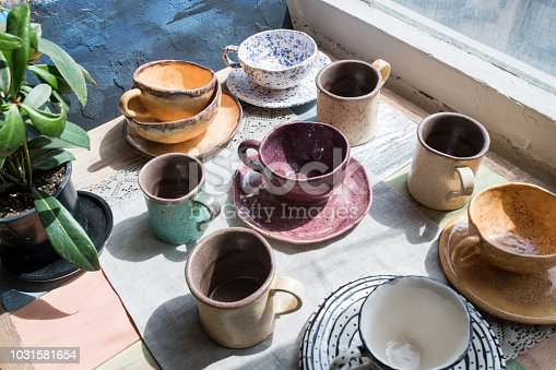 Multicolored ceramic crockery