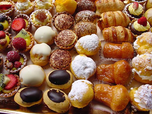 italiana de pastelería - postre fotografías e imágenes de stock
