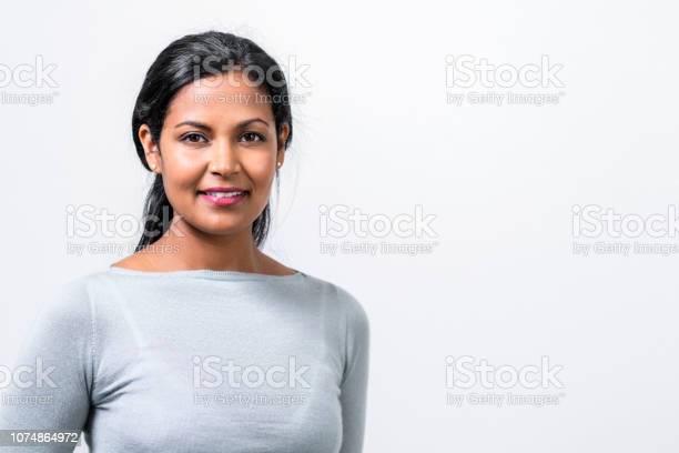 Closeup portrait of beautiful mid adult manager picture id1074864972?b=1&k=6&m=1074864972&s=612x612&h=vrpfw67u9ldm6tuzhzl9m9hqtx6b5zkhvnezpnlaf7e=