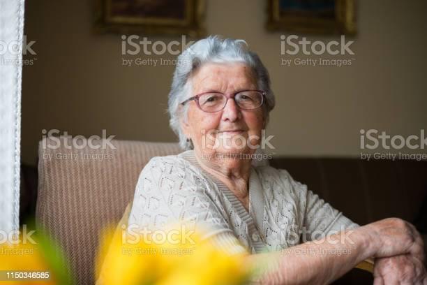 Closeup portrait of happy senior woman portrait picture id1150346585?b=1&k=6&m=1150346585&s=612x612&h=vclyxmabza y3p7ywj6wiyhx4h1h00ycbwlp13tmats=