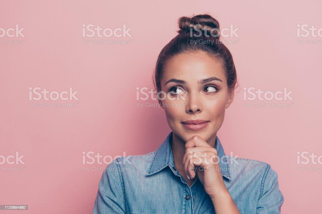 Närbild porträtt av hennes hon trevlig söt attraktiva winsome charmi - Royaltyfri Alternativ Bildbanksbilder