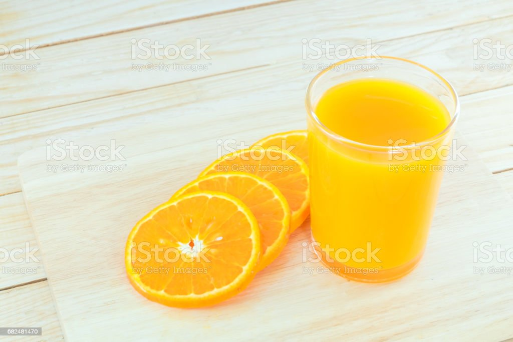 Close-up ripe orange on wood background. foto stock royalty-free