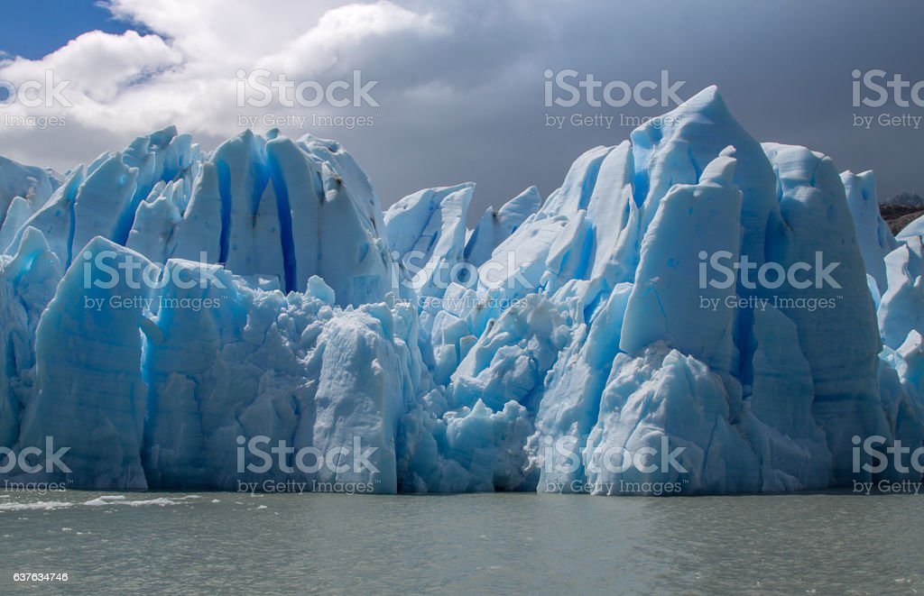 Closeup view of Grey Glacier icebergs, Torres del Paine, Patagonia - foto de stock