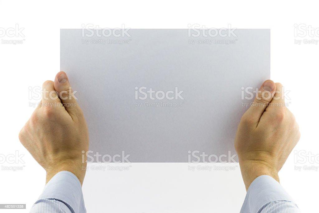 Close-up auf männliche Hand holding blank white paper – Foto