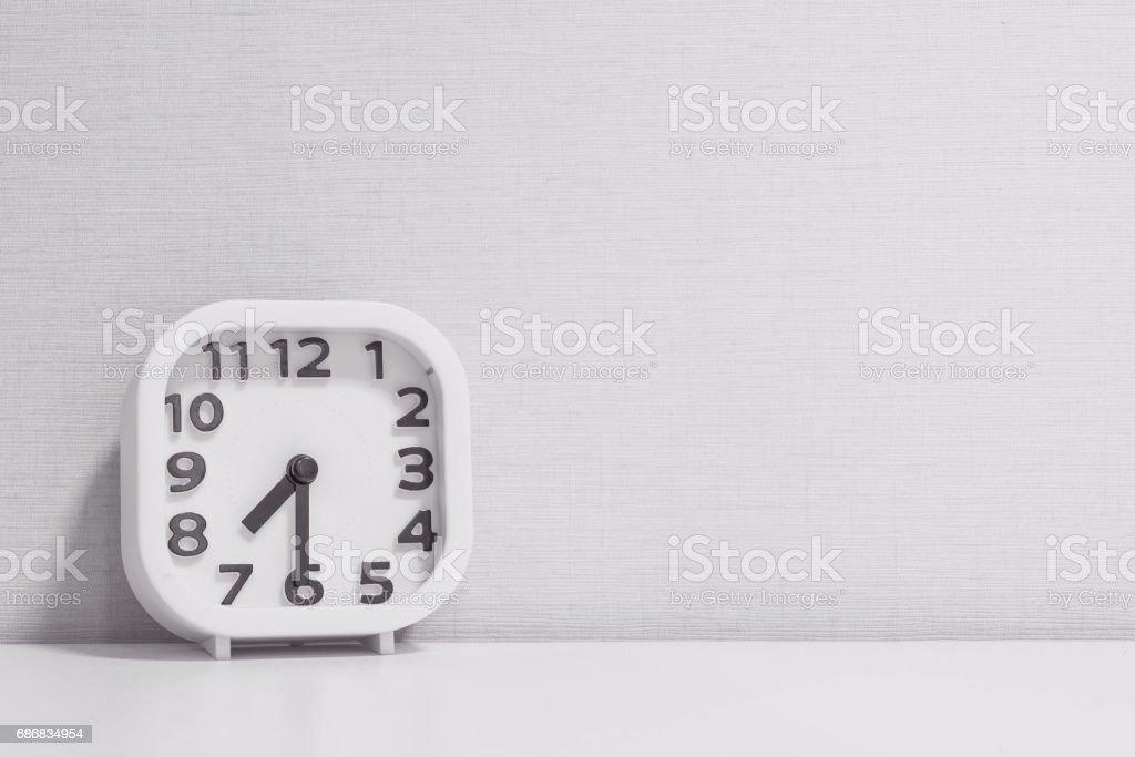 Blanc closeup horloge pour décorer show le bureau bois blanc
