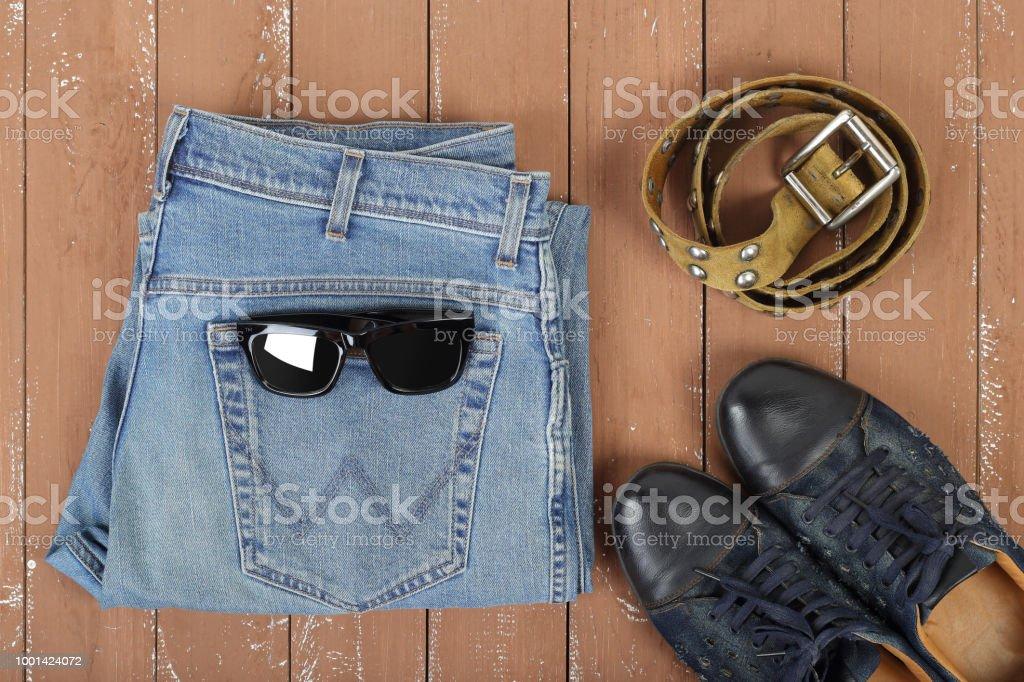 hot-vente plus récent la clientèle d'abord acheter réel Photo libre de droit de Vêtements Chaussures Et Accessoires ...