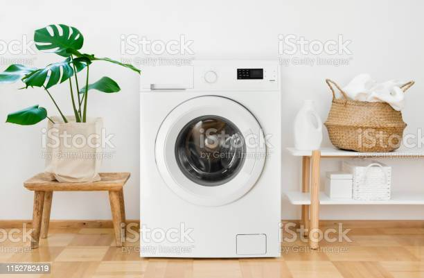 Clothes washing machine in laundry room interior picture id1152782419?b=1&k=6&m=1152782419&s=612x612&h=w8mmxxwi3pgkdl93y4szwatvleheigeplnxhnlh1rxa=