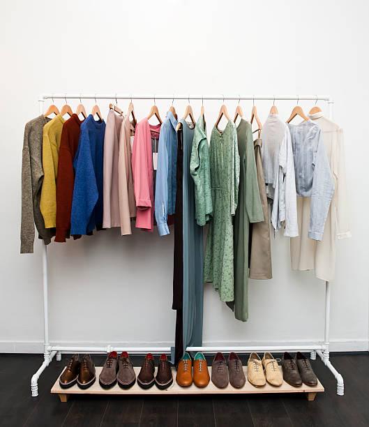 Roupas e calçados (Clique para mais informações) - foto de acervo