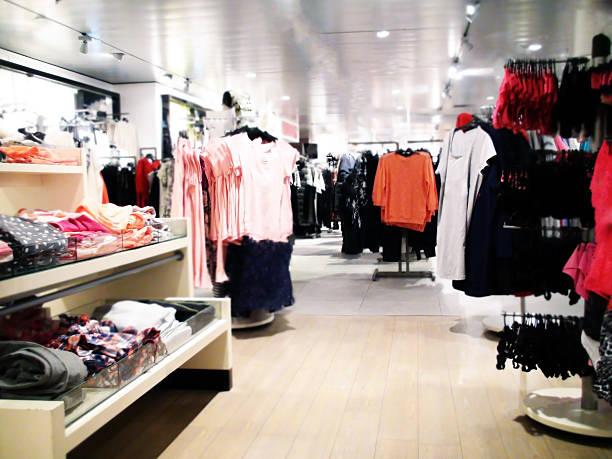 Kleidung Department Store – Foto