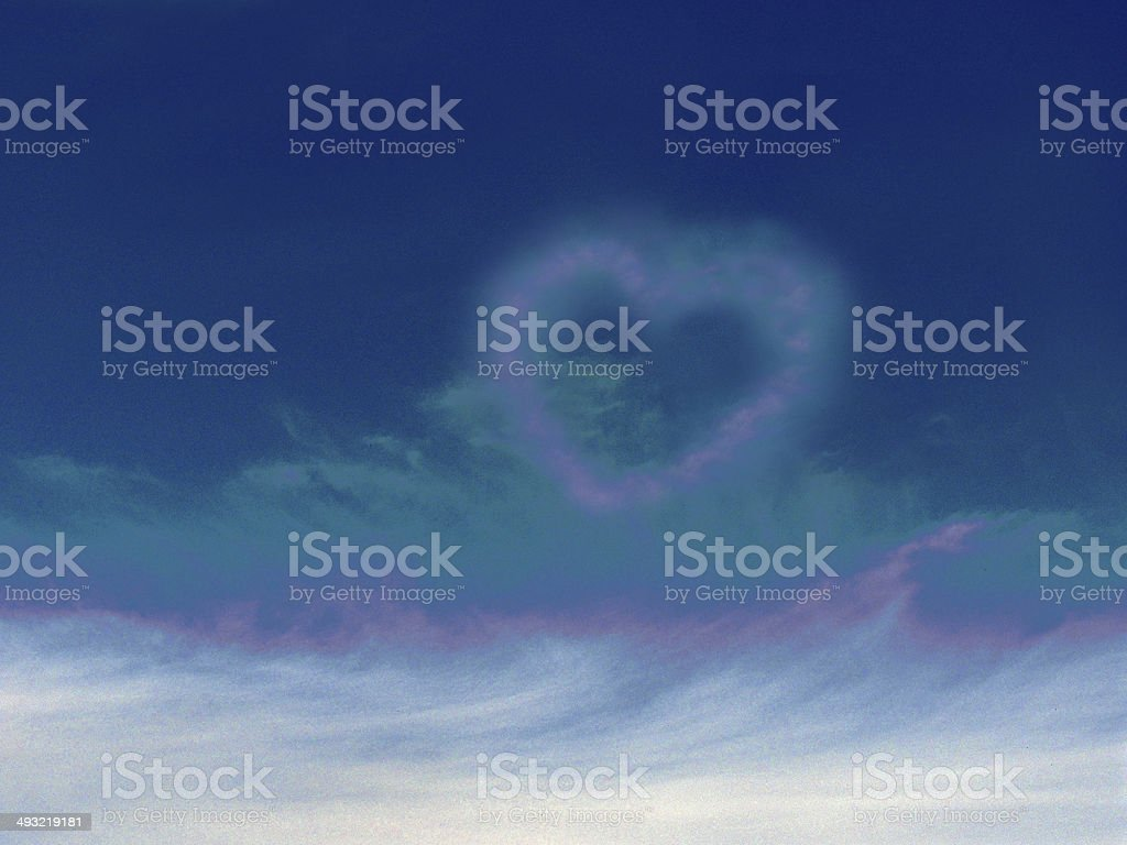 Cloud in the form of heart royalty-free stock photo