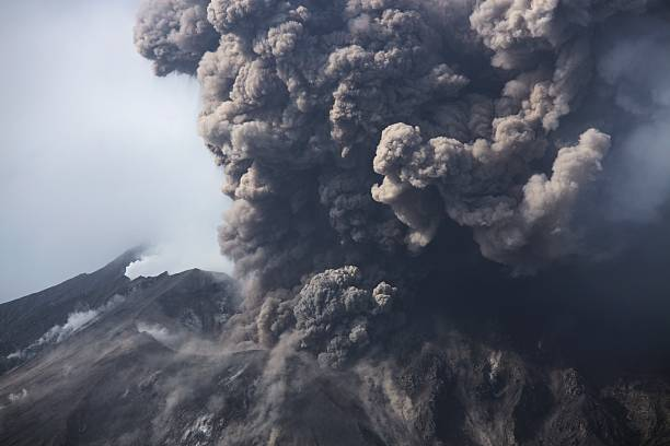Cloud of volcanic ash from Sakurajima Kagoshima Japan Cloud of volcanic ash from Sakurajima Kagoshima Japan volcano stock pictures, royalty-free photos & images