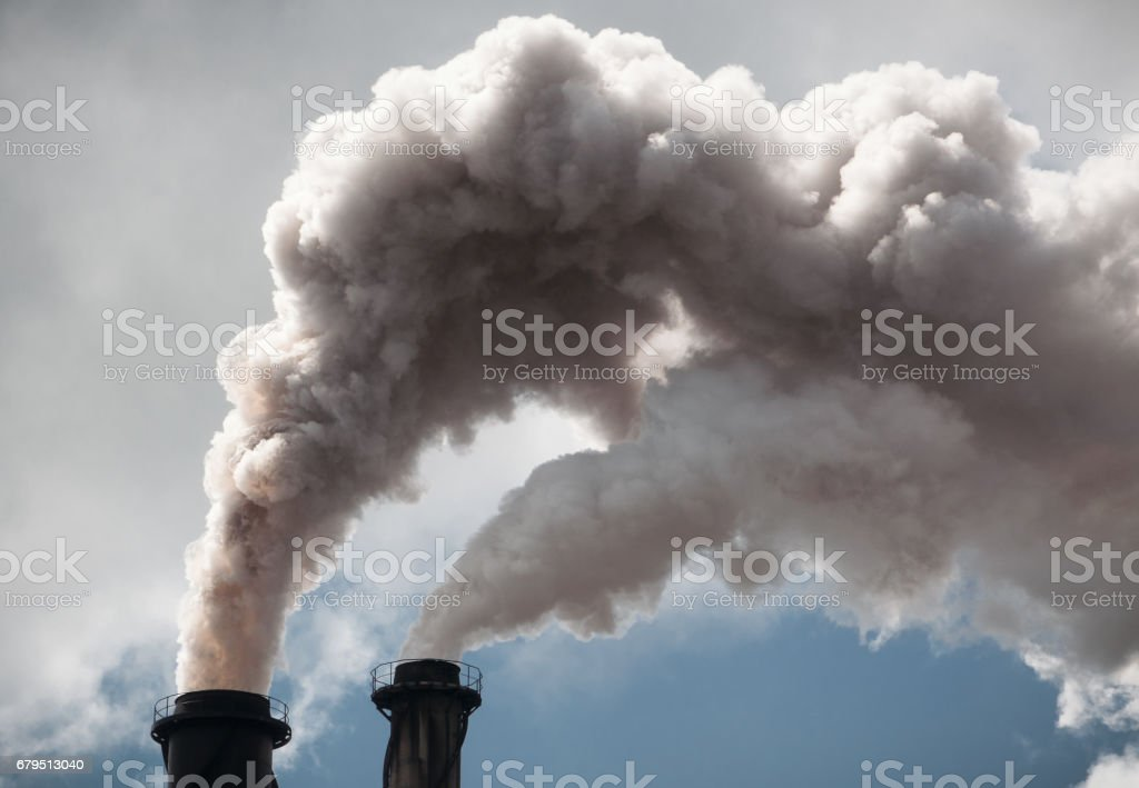 Clouds of smoke from industrial chimneys - foto de stock