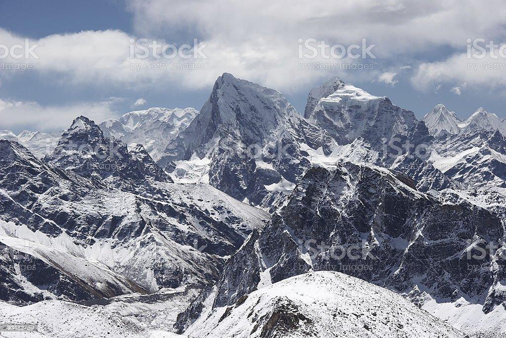 클라우드 over 인공눈 산 풍경, Himalaya - 로열티 프리 0명 스톡 사진
