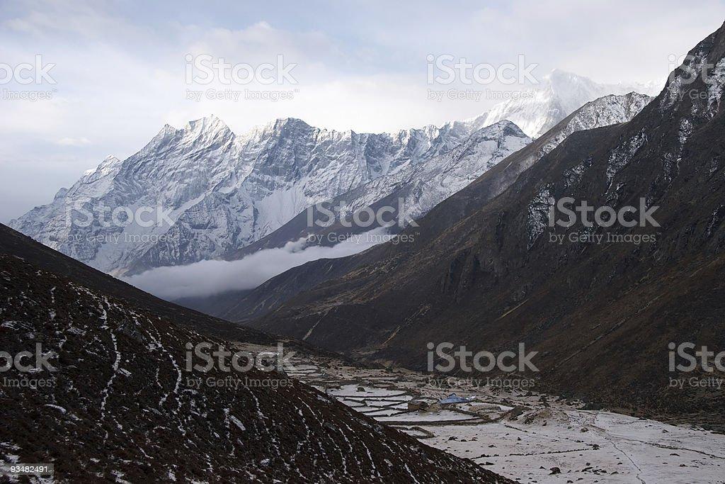 바다 위로 떠오르는 마운틴 밸리, Himalaya, 네팔 - 로열티 프리 0명 스톡 사진
