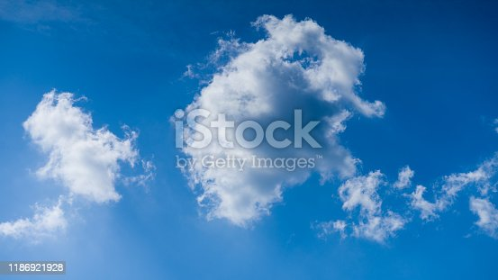 479184640istockphoto Cloudscape. Blue sky and white cloud. Sunny day. Cumulus clouds. 1186921928