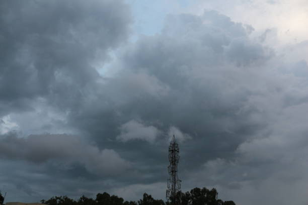 cloudscape - radio station conductor foto e immagini stock