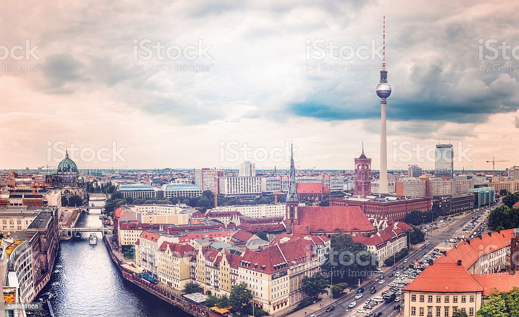 cloudy berlin cityscape with television tower and river view – Foto