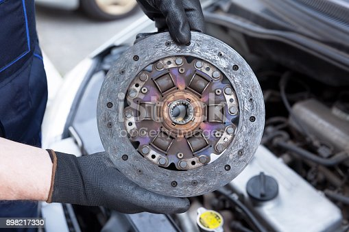 istock Clutch disc replacement 898217330