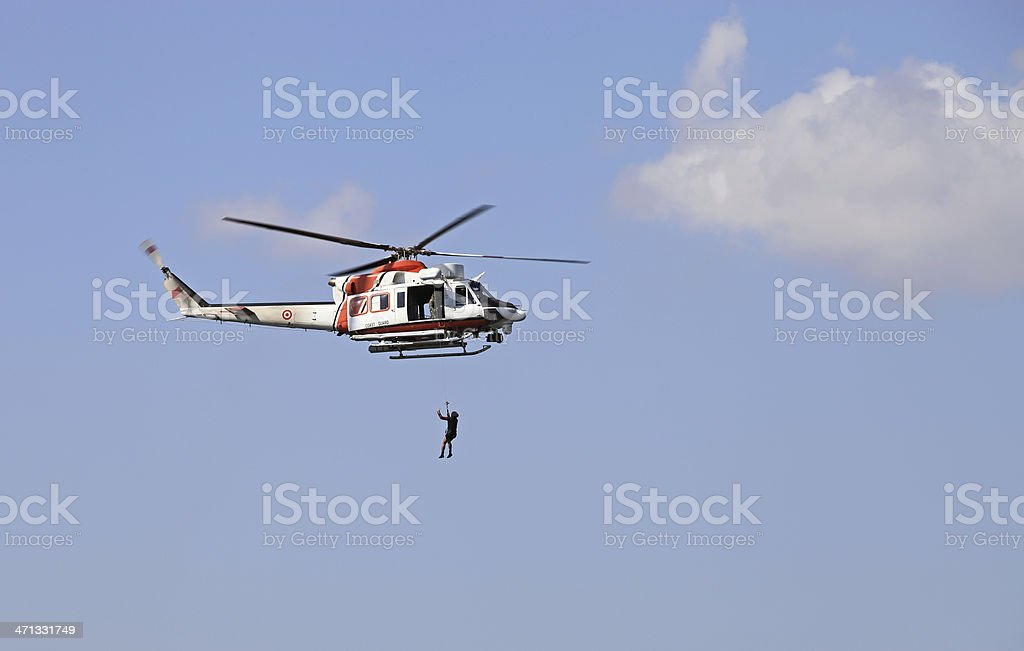 Guarda Costeira resgate de helicóptero - foto de acervo