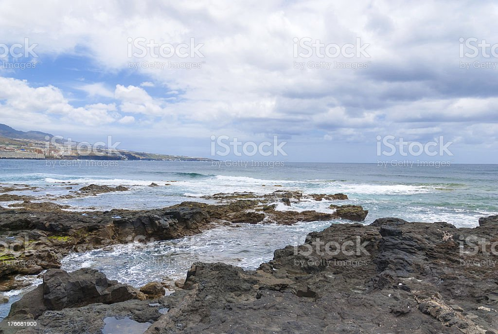 Costa de punta del Hidalgo. Tenerife. España foto de stock libre de derechos