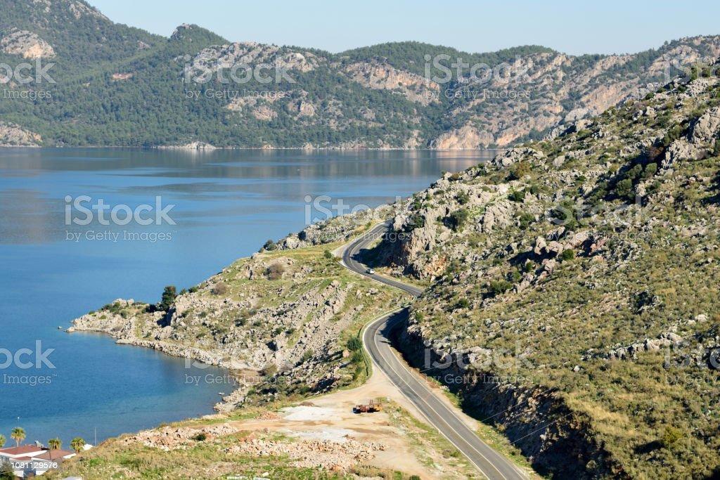 Muğla İli Türkiye'nin Bozburun Yarımadası sahil yolu. stok fotoğrafı
