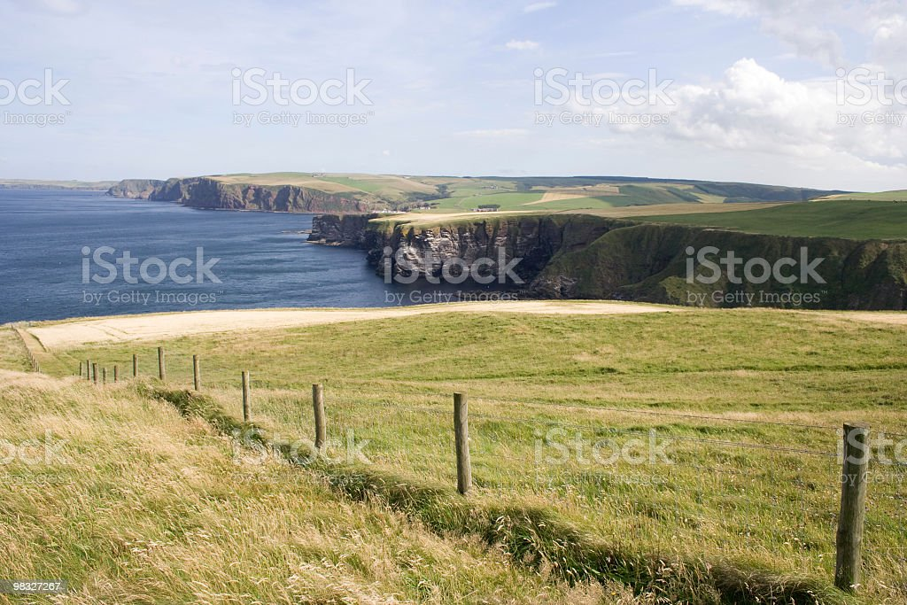 Coastliine, campi, scogliere foto stock royalty-free
