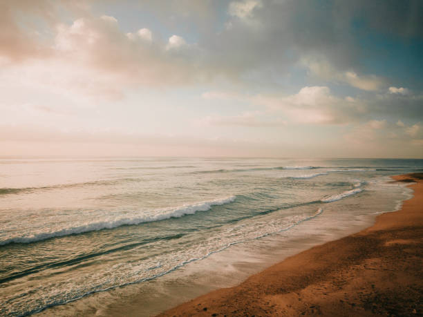 Küste bei Sonnenaufgang – Foto