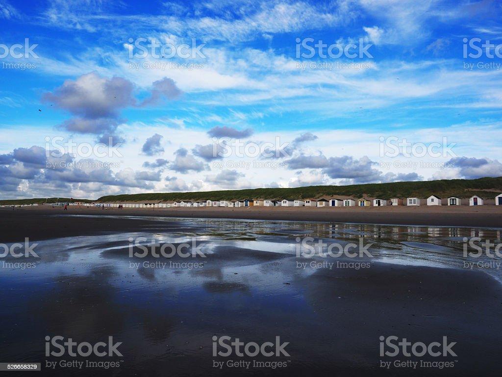Küste mit Strandhütten, Texel – Foto