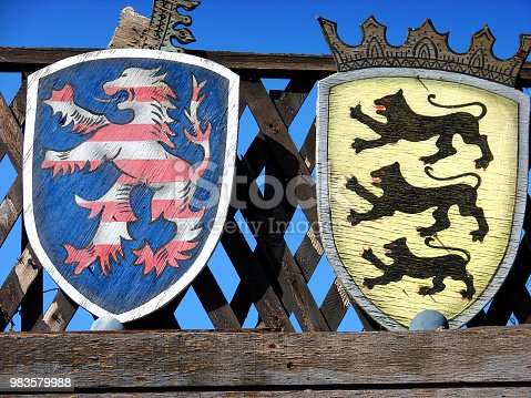 istock coat of arms 983579988