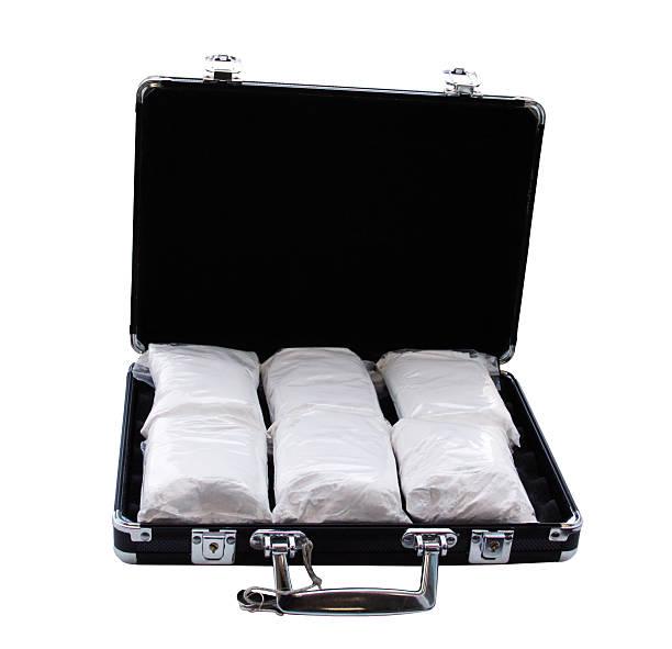 コカインスーツケースを(本当の粉砂糖) ストックフォト