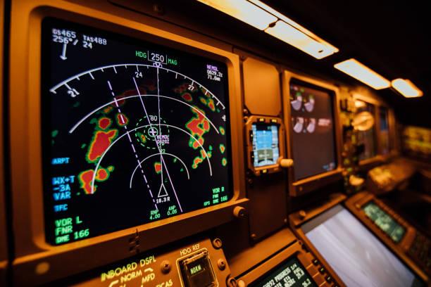 cockpit radar - radar foto e immagini stock