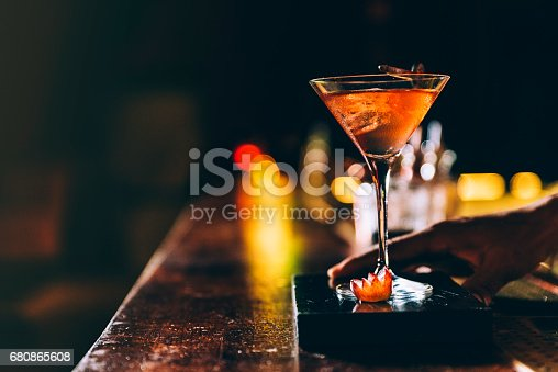 istock Cocktail drink on night club. 680865608