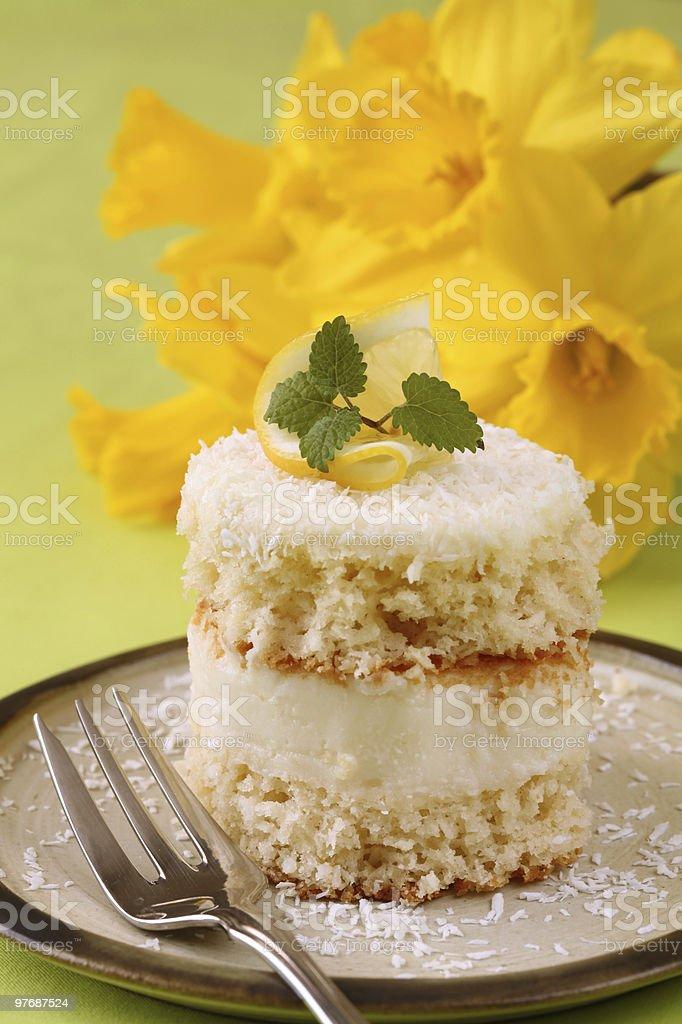 Bolo de creme de limão e coco - foto de acervo
